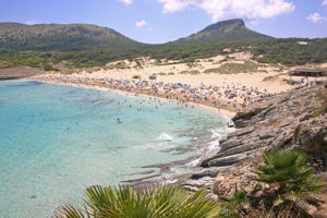 Auf Mallorca erwarten den Besucher traumhafte Strände. Bild: Michael Schalter