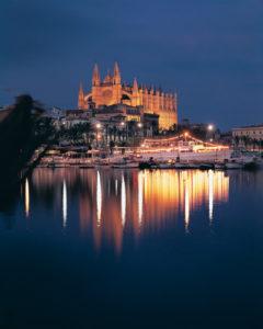 Palma Kathedrale bei Nacht
