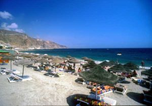 Der Strand von Aguadulce ist sehr gepflegt