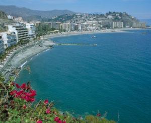 Strand und Promenade von Almunecar