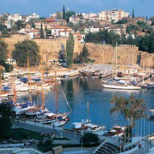 Der Sporthafen von Antalya