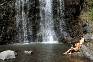 Höhepunkt der Wanderung ist ein etwa 80 Meter hoher Wasserfall