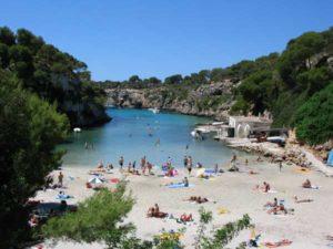Die Cala Pi ist eine wunderschöne, kleine Bucht an der Südküste Mallorcas