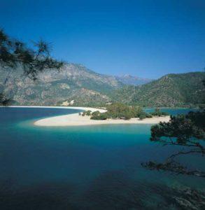 Die Lagune von Ölüdeniz ist ein beliebtes Fotomotiv
