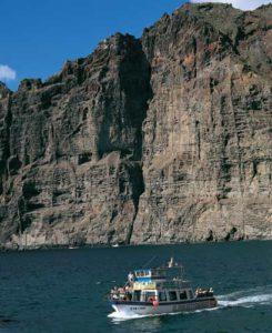 Bis zu 600 Meter fallen die Klippen von Los Gigantes ins Meer