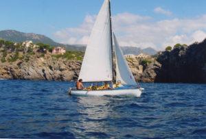 Segler vor der Küste Mallorcas