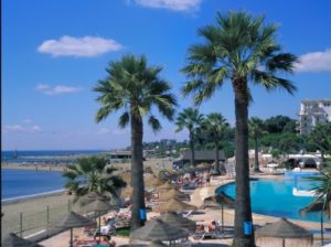 Einige Hotels in Marbella liegen direkt am Strand
