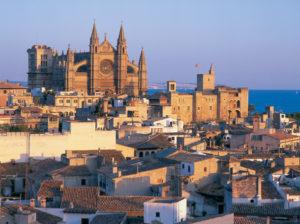 Über der Altstadt von Palma trohnt die Kathedrale