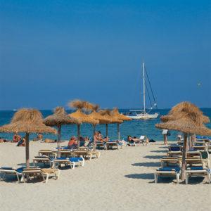 Der feinsandige Strand von Palmanova