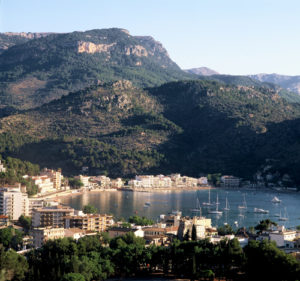 Wunderschöne Bucht von Soller an der Westküste Mallorcas