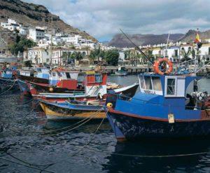 Maritimes Flair herrscht in der Urlaubssiedlung Puerto de Mógan auf Gran Canaria