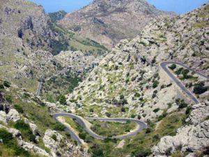 Die wild geschlungene Kurvenstraße Sa Calobra