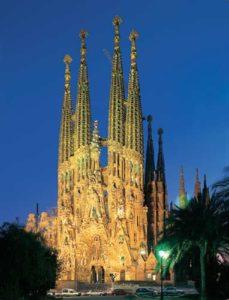 Die Sagrada Familia ist das Wahrzeichen Barcelonas