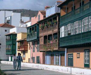 Typische Herrenhäuser in Santa Cruz