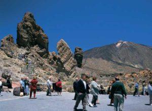 Bei schönem Wetter pilgern viele Besucher zum Teide