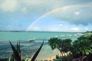 Regenbogen vor der Küste von Mauritius