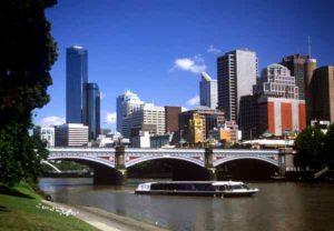 Melbourne bietet historische Gebäude und moderne Architektur