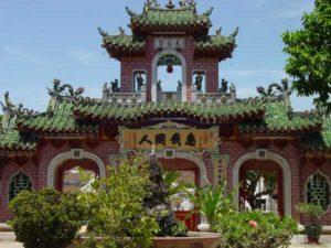 Kulturelle Sehenswürdigkeiten bieten vor allem der Norden und das Zentrum Vietnams