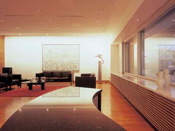 hilfreiche serviceeinrichtungen am flughafen bremen. Black Bedroom Furniture Sets. Home Design Ideas