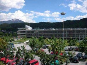 Parkhaus am Flughafen Innsbruck