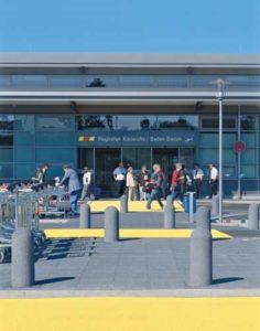 Das Terminal vom Flughafen Karlsruhe ist sehr überschaubar