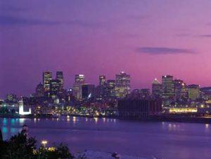 Skyline von Montreal bei Sonnenuntergang