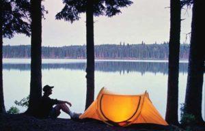Zelten an kanadischem See