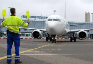 Elf verschiedene Airlines fliegen von Saarbrücken etwa 13 Destinationen direkt an.