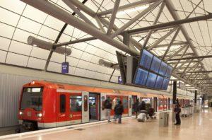 S-Bahn am Flughafen Hamburg