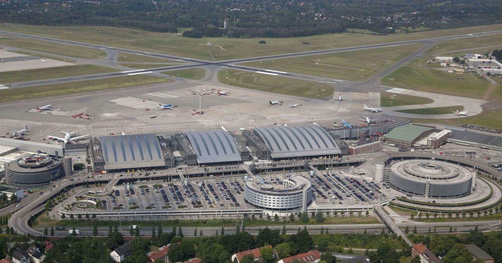 Terminals und Startbahn Flughafen Hamburg