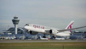 Qatar Airways Flugzeug am Flughafen München