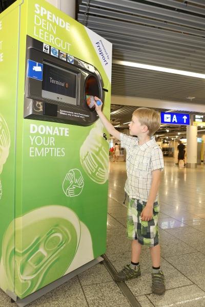Flughafen Frankfurt: Leergut spenden für einen guten Zweck