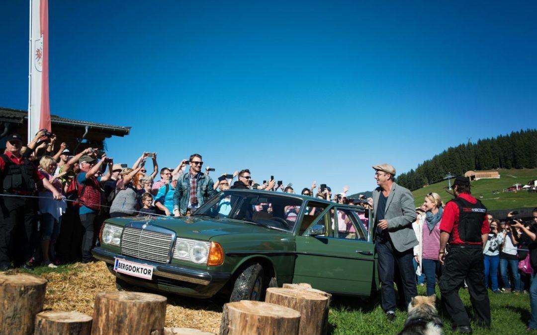 Bergdoktor-Schauspieler beim Bergdoktor-Bergfest in Söll