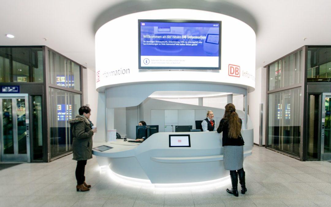 Neues Design der DB-Information im Nürnberger Hauptbahnhof