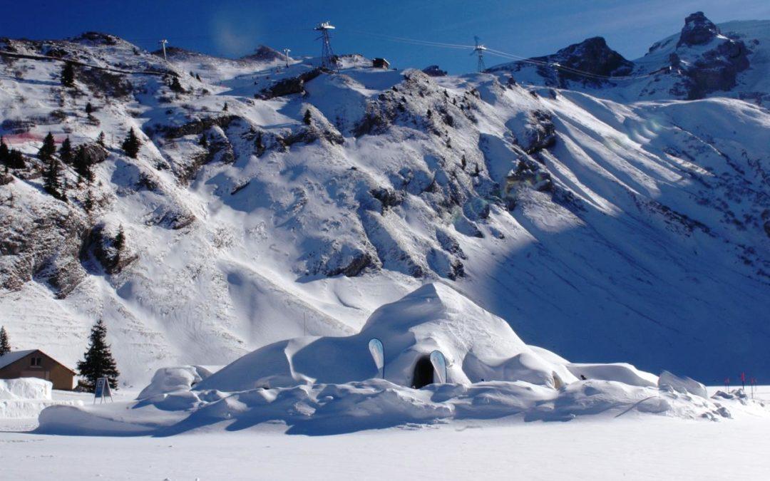 Übernachten im Iglu-Dorf im Skigebiet Engelberg-Titlis