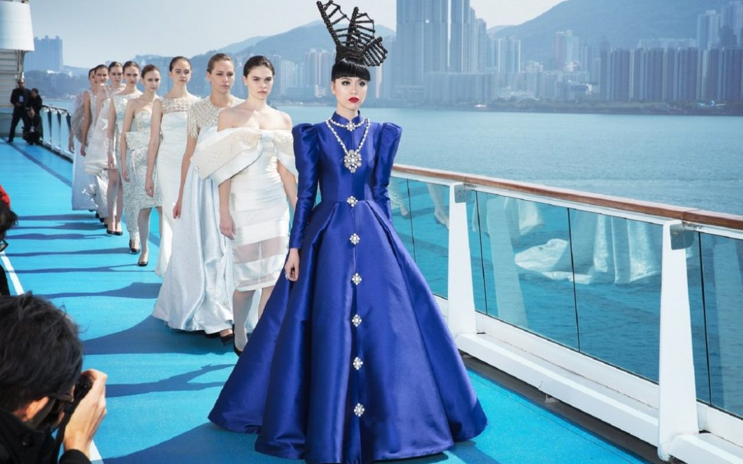 Fashion-Laufsteg auf der Costa neoRomantica