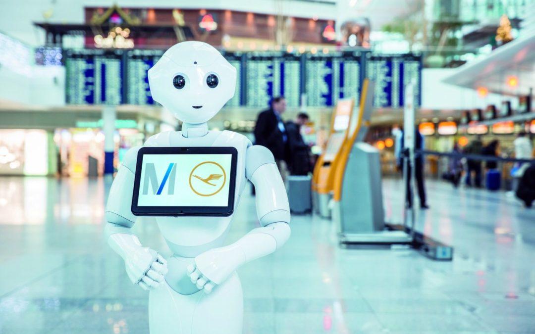 Roboter mit künstlicher Intelligenz am Flughafen München
