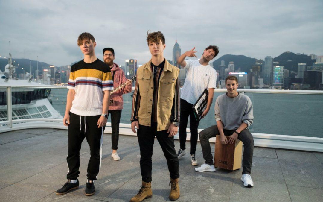 Lochis auf Musikvideodreh in Hongkong