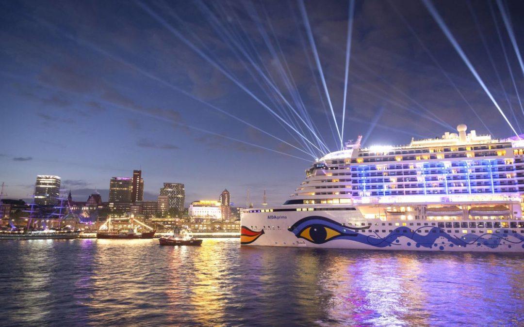 Drei AIDA-Schiffe beim Hamburger Hafengeburtstag 2018