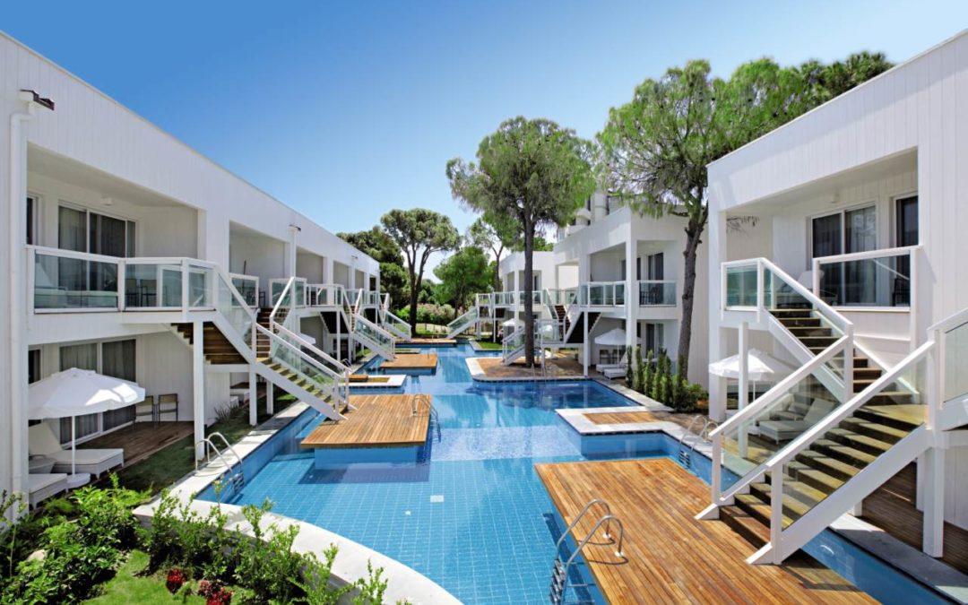 Türkische Riviera: Von der Hoteltür direkt in den Pool