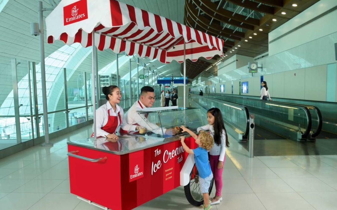 Emirates verteilt Gratis-Eiscreme am Flughafen Dubai