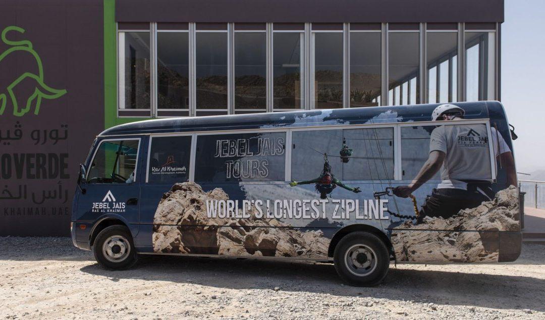 Neuer Bus Shuttle in die Bergwelt von Ras Al Khaimah