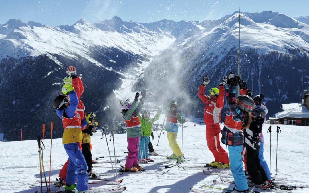 Gewinnspiel: Gratis Skipässe für Kinder in Schweizer Skigebieten