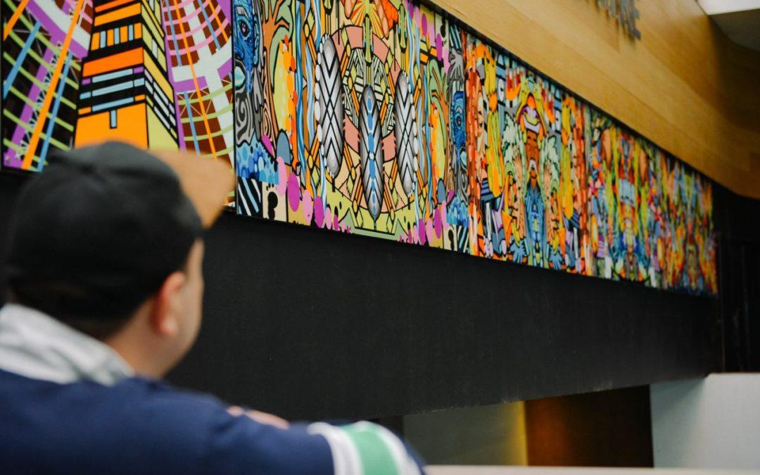 Wandgemälde von Aborigine-Künstlers Josh Muir im Melbourne Central