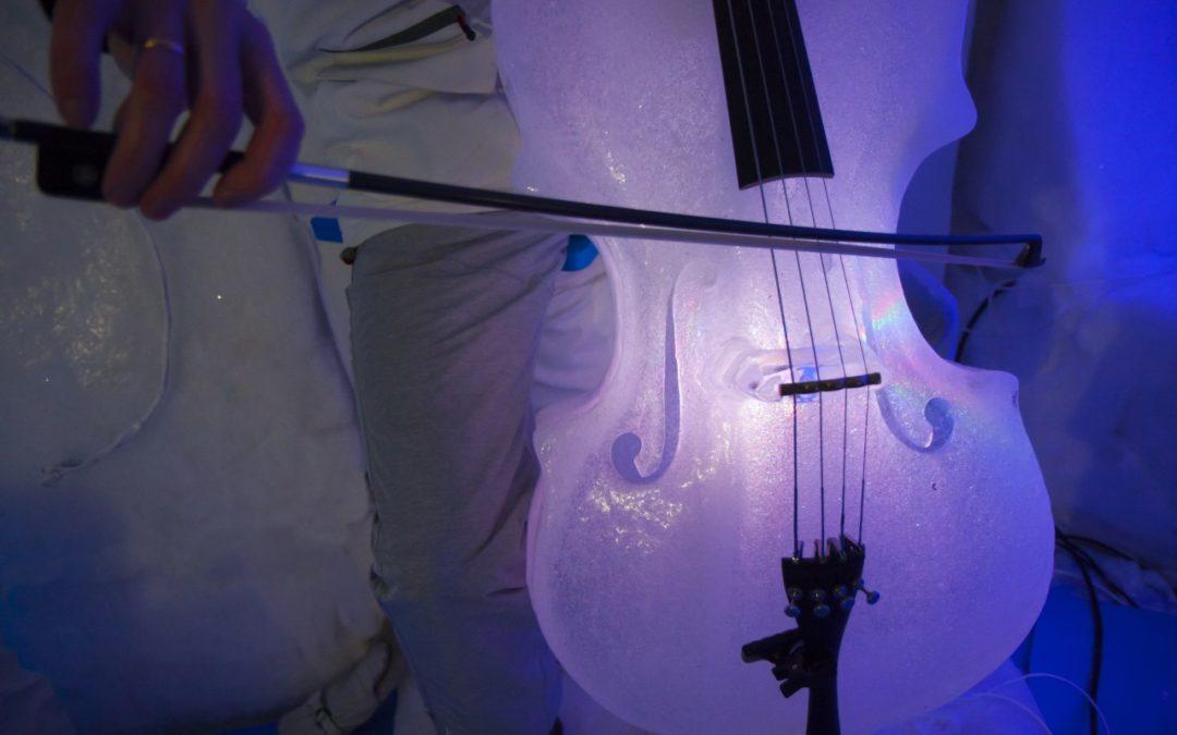 Konzert-Iglu auf dem Presena-Gletscher im Val di Sole