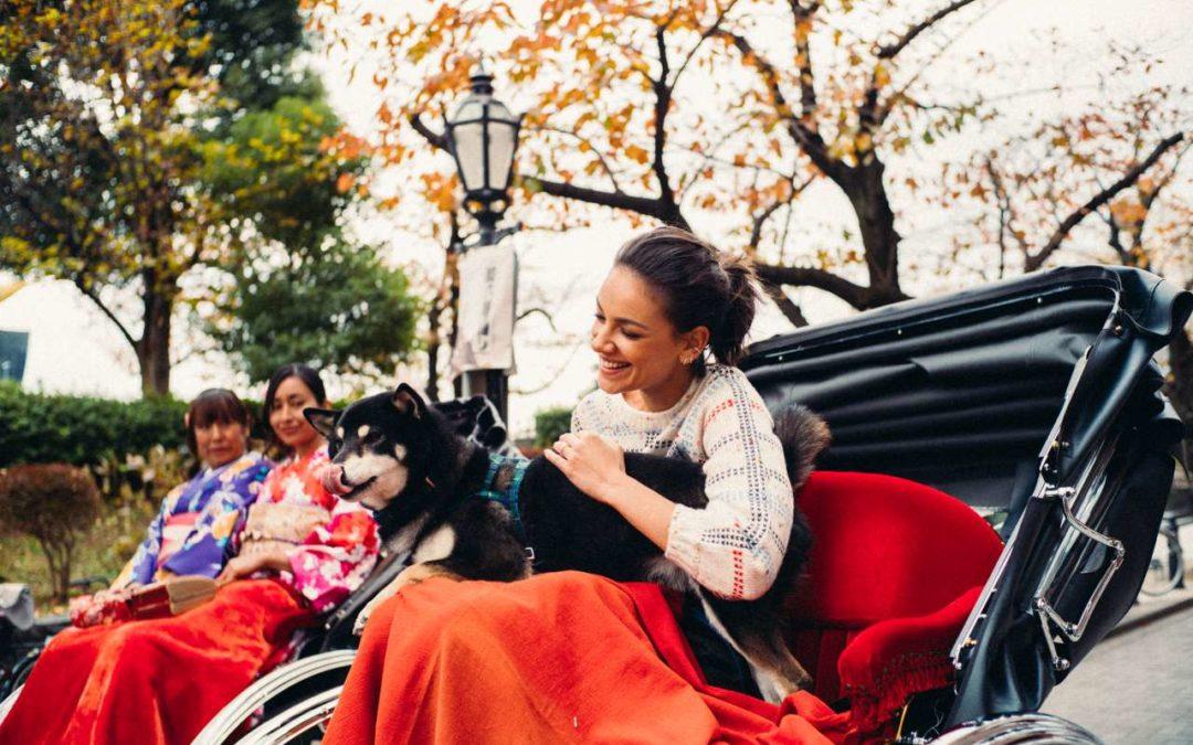 Schauspielerin Janina Uhse als Japan-Botschafterin unterwegs