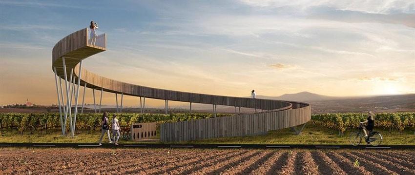 Neue Aussichtsplattform im Weinstädtchen Kobels eröffnet