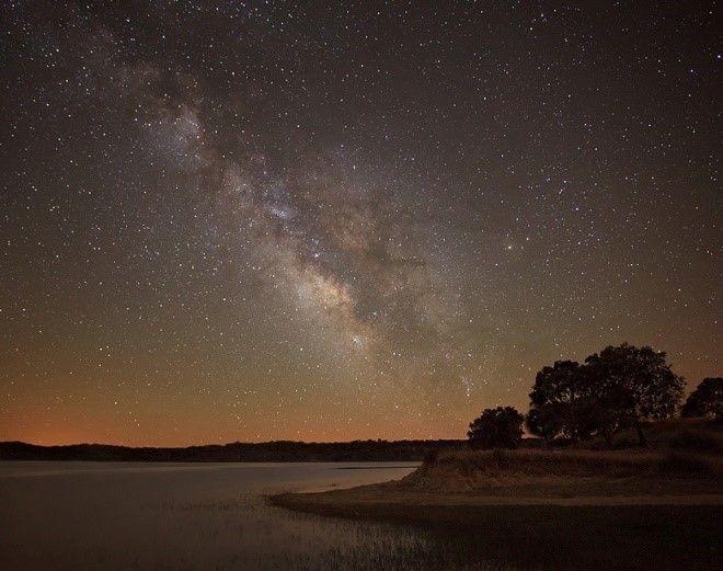 Sternenhimmel über dem Alentejo ausgezeichnet