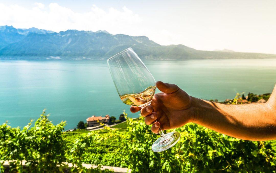 Weinproben in offenen Waadtländer Weinkellern