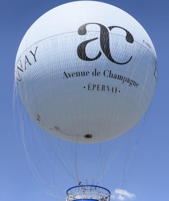 Champagner Verkostung in einem Heißluftballon